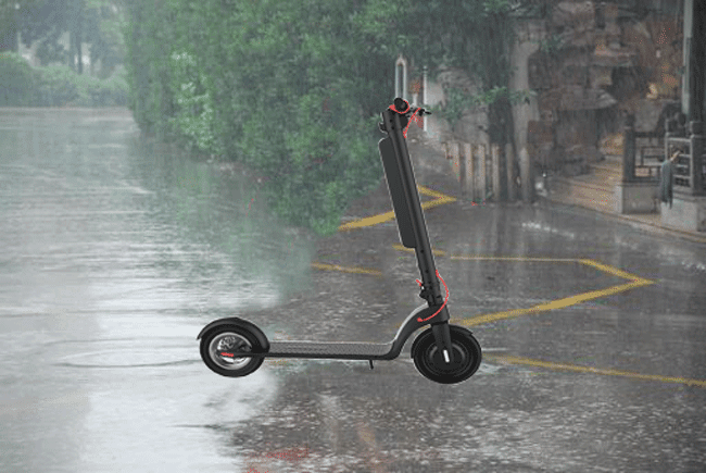 Can-you-ride-a-scooter-in-the-rain